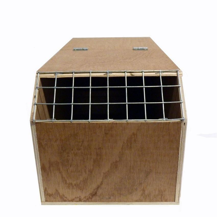 boite de transport en bois sabot long pour perroquet ou perruche longue queue 18 50. Black Bedroom Furniture Sets. Home Design Ideas